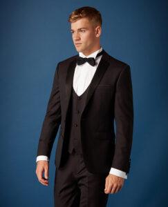 Remus Uomo. Burgundy. Slim Fit. Three Piece Tuxedo