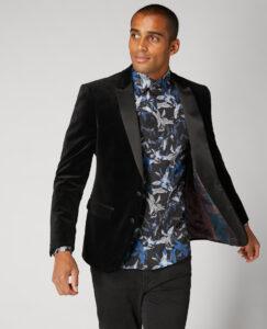 Remus Uomo. Black. Velvet Tuxedo Jacket and Waistcoat